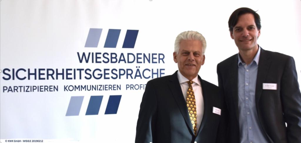 KWK Geschäftsführer Volker Kraiss und WISIGE Keynote Speaker Dr. Klaus Gundolf von Siemens